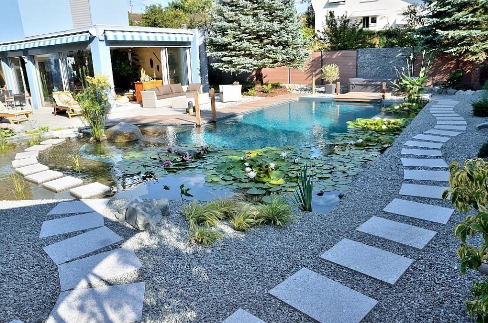 biotop umbau zu einem living pool mit integrierten whirlpool. Black Bedroom Furniture Sets. Home Design Ideas